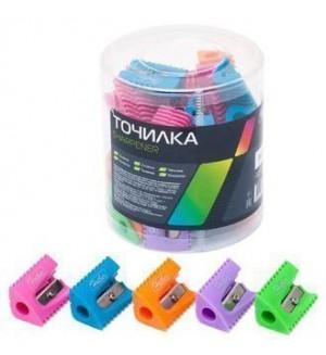 Точилка пластиковая, цветная, треугольная, ассорти