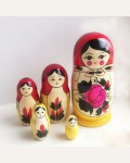Матрешка традиционная 5 кукольная средняя.